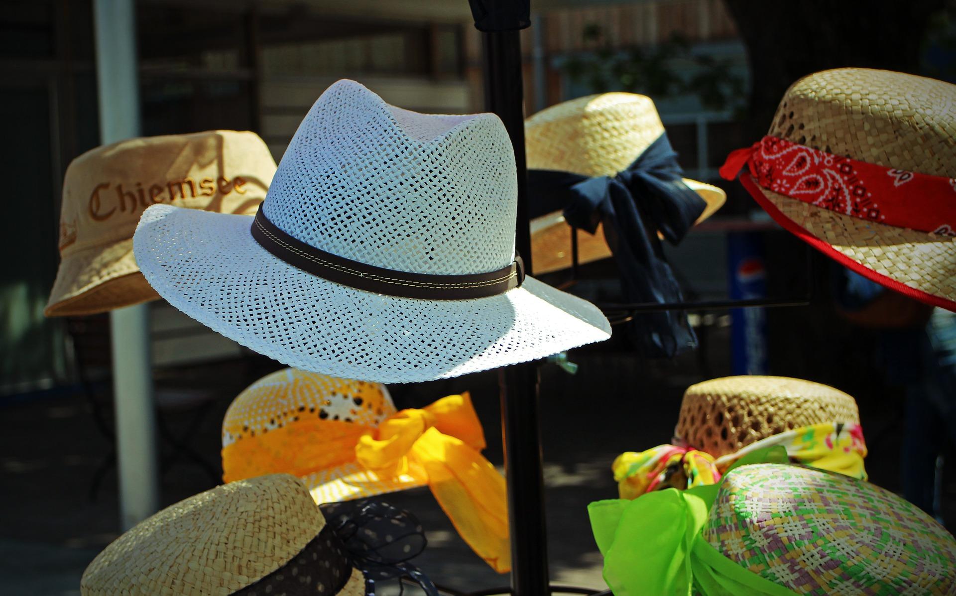 Lennél fehér kalapos