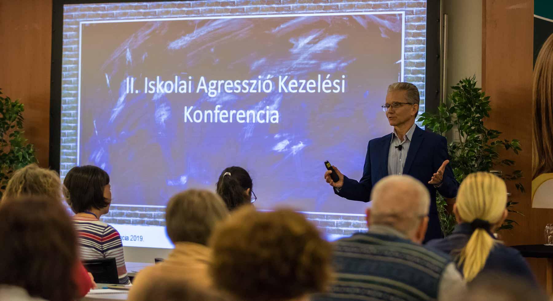 Ilyen volt a Pedagógus Konferencia belülről - Novák Ferenc